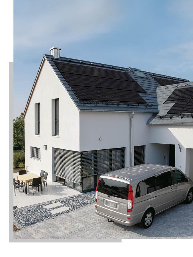 Dachziegel und Dachfenster von Schwarz & Sohn